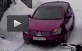 فیلم/ جنایت وحشتناک یک زن تنها به خاطر خط انداختن روی ماشین! +۱۸