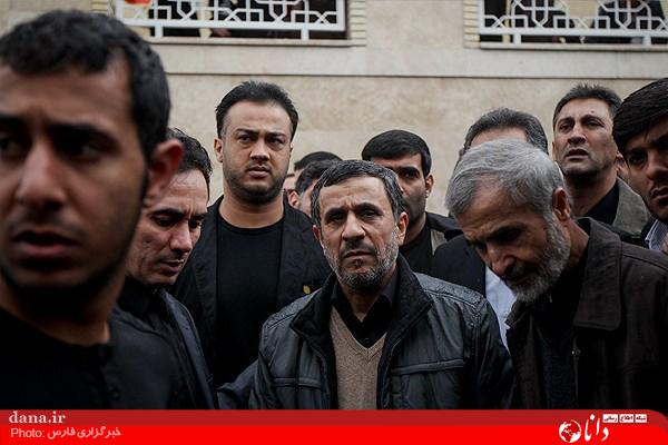 www.dustaan.com تصاویر/ مراسم تشییع مادر محمود احمدی نژاد