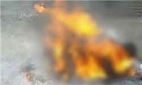 www.dustaan.com زن ۶۲ ساله کرجی به خاطر صبحانه شوهر ۱۰۷ سالهاش را با نفت به آتش کشید