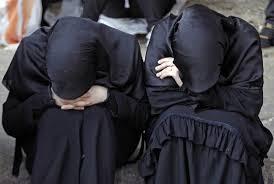 www.dustaan.com یک دختر نجات یافته، از نحوه برخورد داعش با زنان ایزدی میگوید
