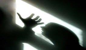 قتل منشی به دلیل مقاومت در برابر تعرض سرایدار