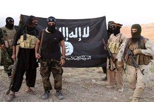 www.dustaan.com داعش گوشت تکه تکه شده اسیر عراقی را به مادرش خوراند!