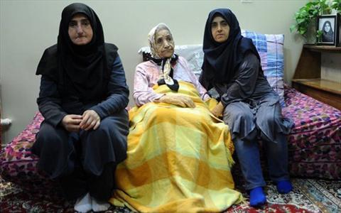 www.dustaan.com عکس/ متفاوت ترین پرستاران ایرانی