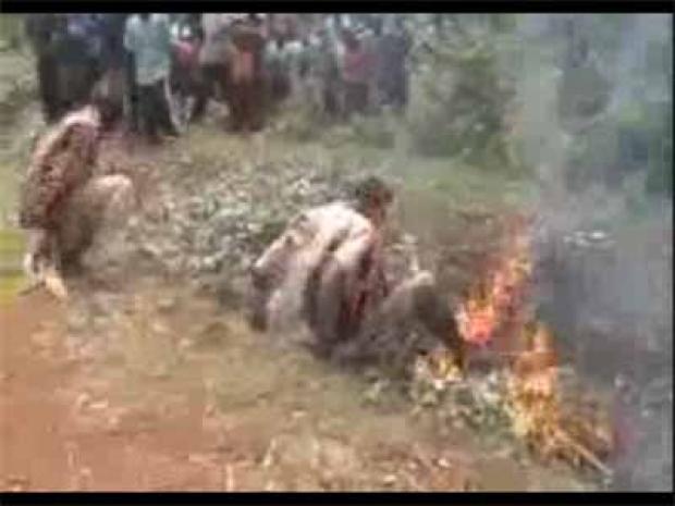 www.dustaan.com فیلم/جنایت وحشتناک اتش زدن مسلمانان آفریقای مرکزی +۱۸