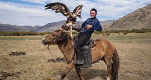 یک روز زندگی با قزاق های مغولستان