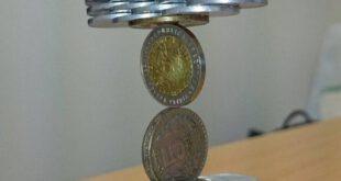 مهارت باورنکردنی هنرمند ژاپنی در چیدن سکهها روی هم
