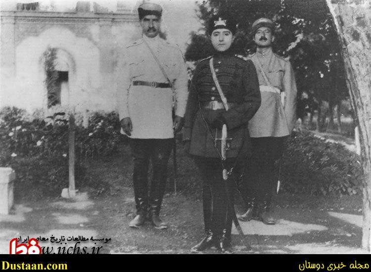 www.dustaan.com تصویری از آخرین شاه قاجار کنار اولین شاه پهلوی