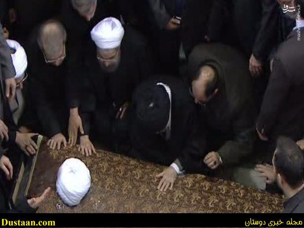www.dustaan.com عکس: وداع آخر رهبر معظم انقلاب با ایت الله هاشمی