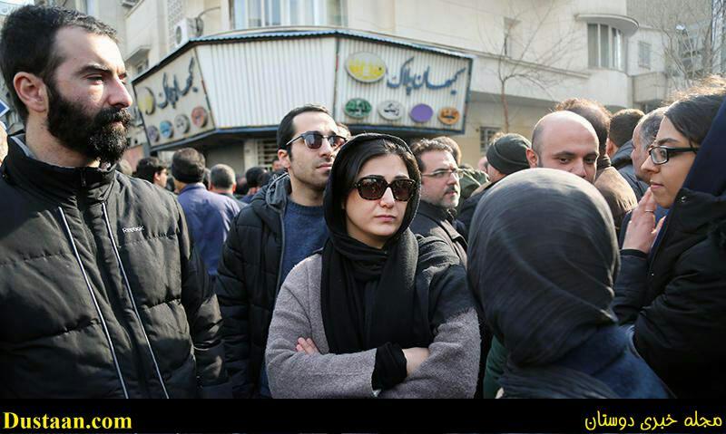 www.dustaan.com عکس: حضور بازیگر زن ممنوع التصویر در مراسم تشییع هاشمی