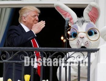 www.dustaan.com ملانیا و دونالد ترامپ در بین کودکان کاخ سفید +تصاویر