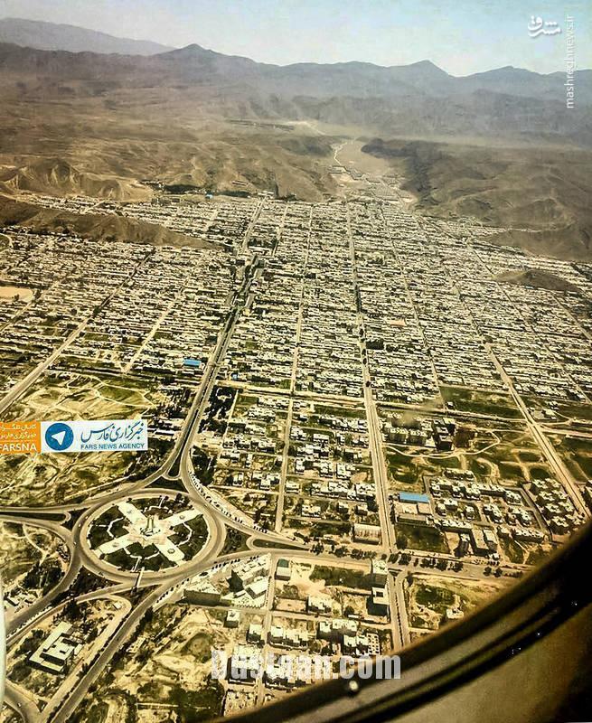 www.dustaan.com عکس: شهر بدون کوچه در ایران!