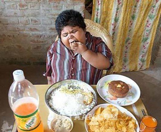 www.dustaan.com پرخورترین کودک تاریخ جهان را بشناسید! +عکس