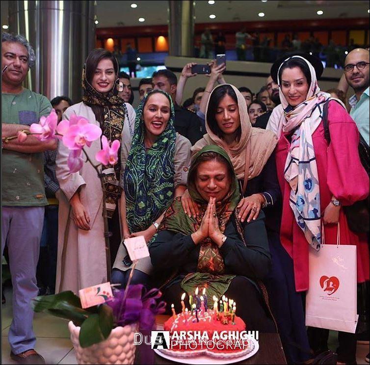 www.dustaan.com چهره خندان گوهر خیراندیش در تولد 63 سالگی اش +عکس