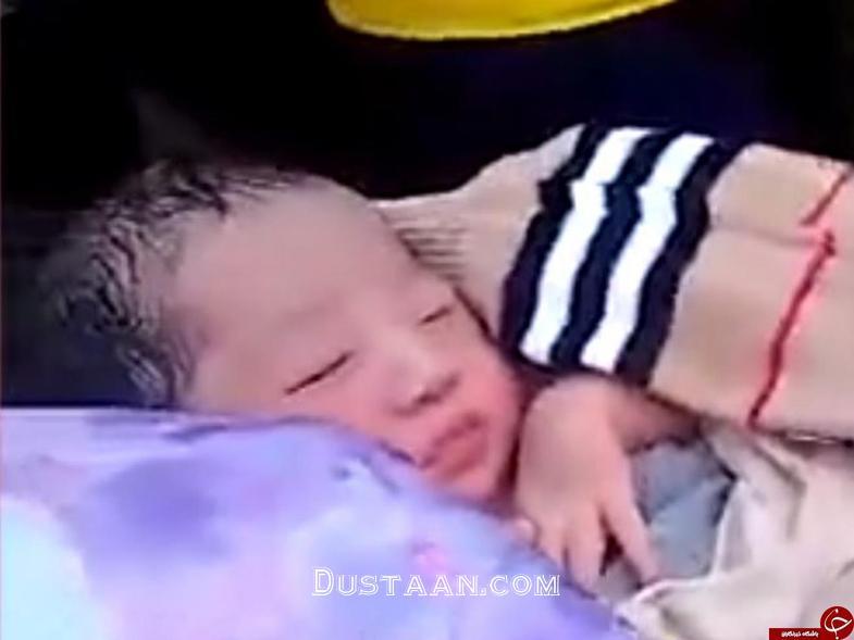 www.dustaan.com کشف نوزاد چند روزه از داخل بسته پستی! +تصاویر