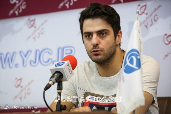 www.dustaan.com علی ضیاء : تاوان اشتباهم را با ممنوع الفعالیت شدنم، دادم!