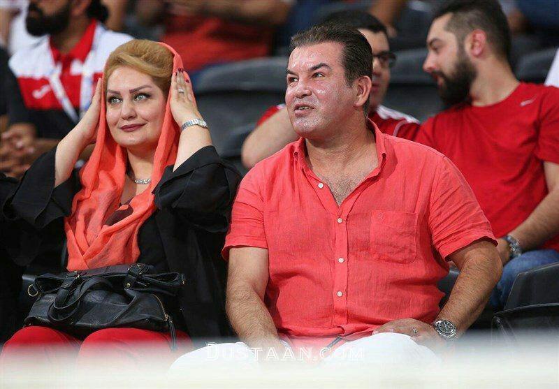 www.dustaan.com حمید استیلی و همسرش تماشاگر ویژه پرسپولیس و الاهلی +عکس