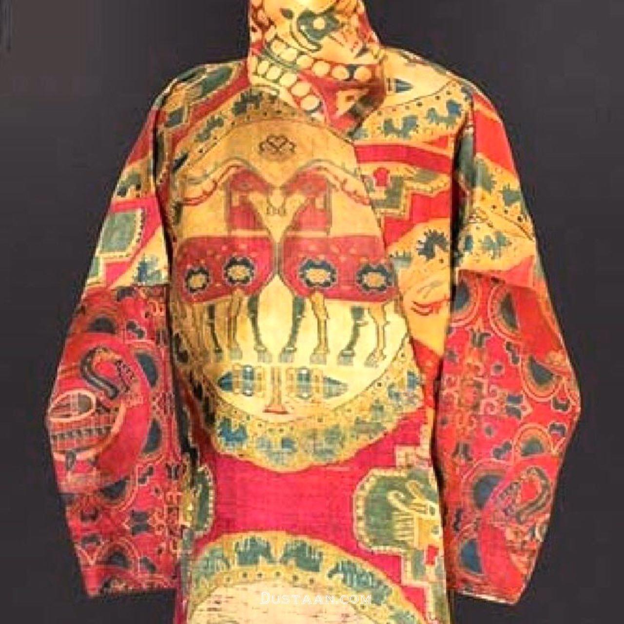 www.dustaan.com لباس خوشرنگ به جا مانده از دوره ساسانی! +عکس