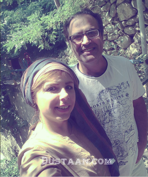 www.dustaan.com سلفی زیبای بهزاد خداویسی و همسرش در دل طبیعت +عکس
