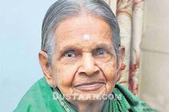www.dustaan.com این زن هندی 72 ساله آب نمی خورد  +عکس