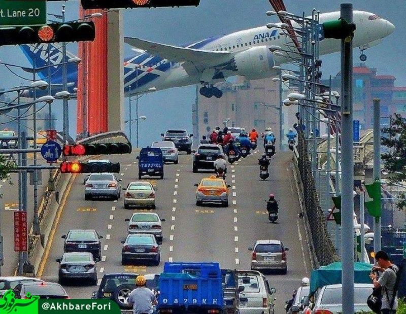 www.dustaan.com شکار لحظه بسیار جالب هواپیمای ژاپنی +عکس