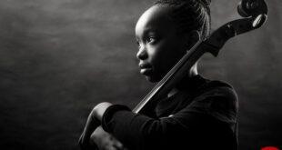 عشق دختر نوجوان به موسیقی در عکس روز نشنال جئوگرافیک +عکس