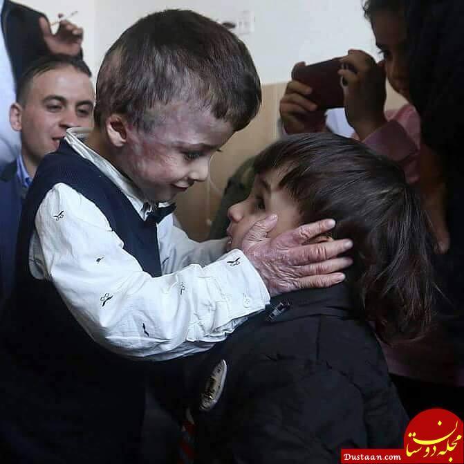 لحظه تکان دهنده دیدار کودک فلسطینی با دوست صمیمی اش+عکس