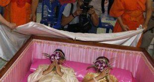 برگزاری جشن عروسی درون تابوت! +عکس