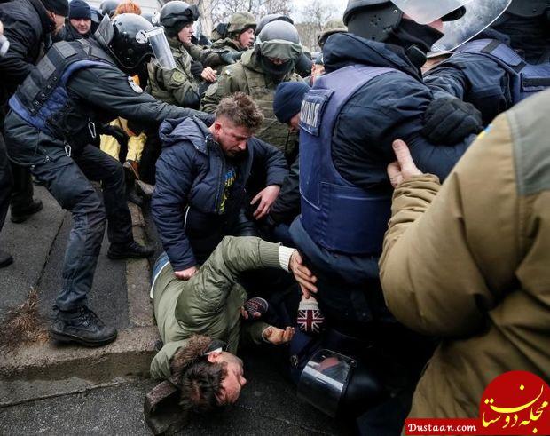 www.dustaan.com اعتراض مردم اوکراین به دستگیری رئیس جمهور سابق کشورشان +عکس
