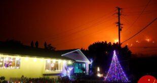 آتش سوزی گسترده کالیفرنیا در آخرین روزهای سال میلادی +عکس