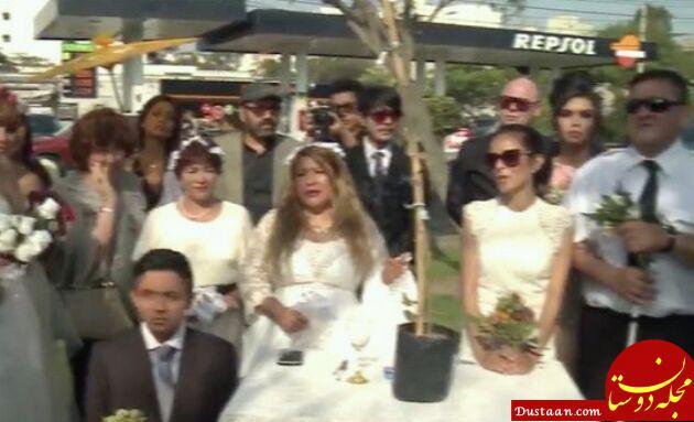 www.dustaan.com ازدواج گروهی دختران جوان با یک درخت کهنسال! +عکس