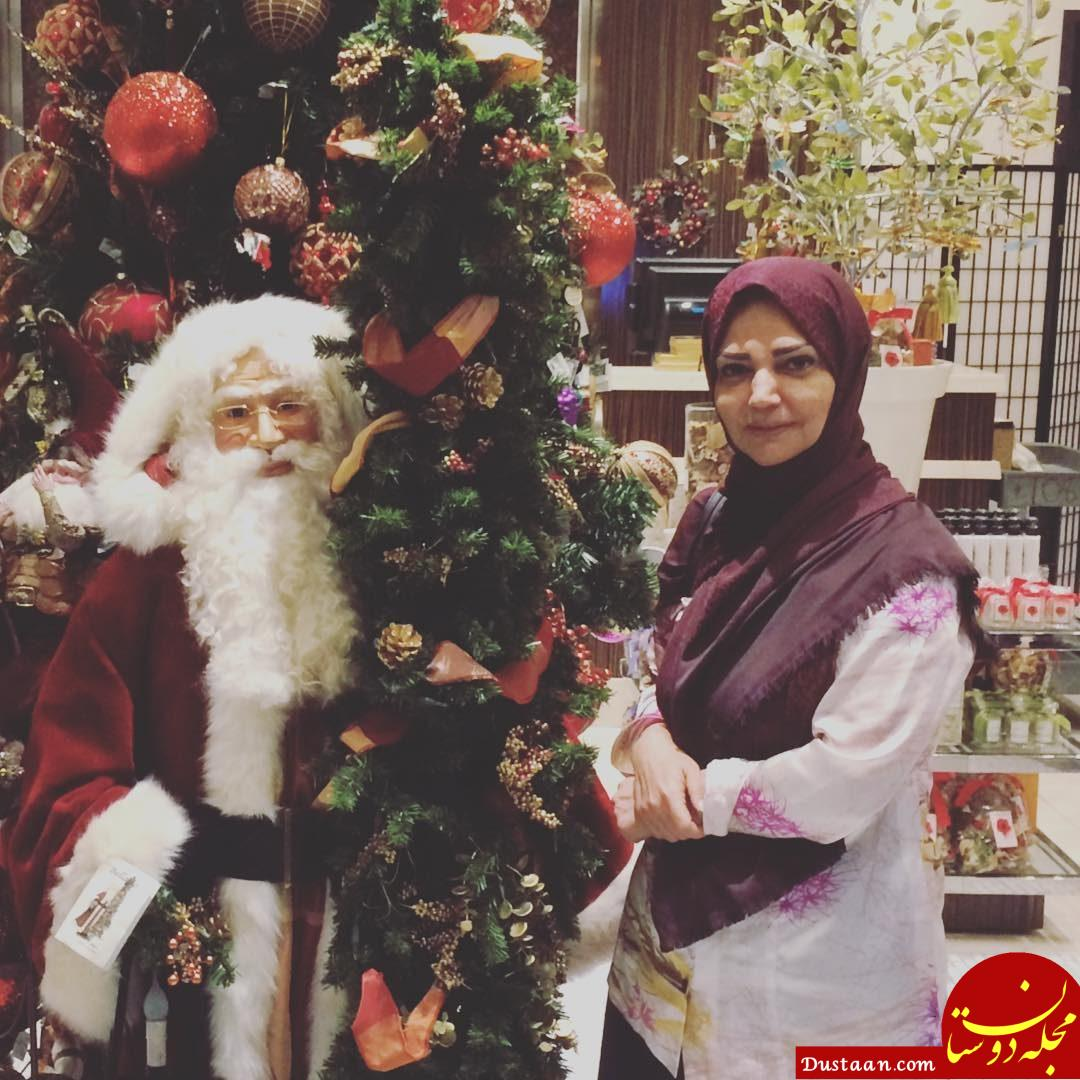 عکس یادگاری خانم مجری با «بابانوئل»