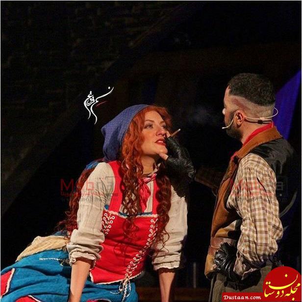 سیگار کسیدن مهناز افشار روی صحنه نمایش! +عکس