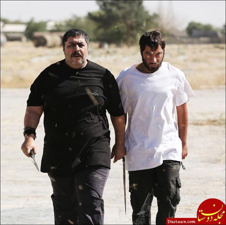www.dustaan.com بازیگر مشهور سینما قمه به دست شد! +عکس