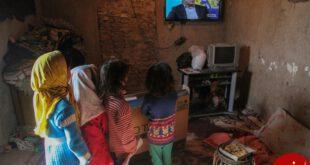 اهدای 30 تلویزیون هوشمند یه یک روستای محروم +عکس