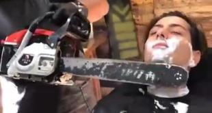 آرایشگری که با آره برقی صورت مشتریانش را اصلاح می کند! +عکس