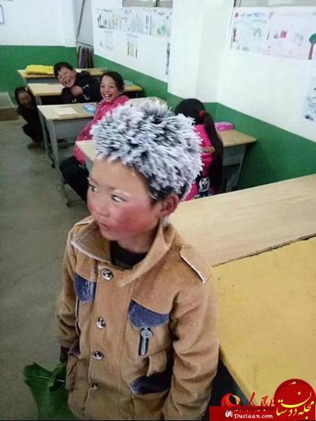 www.dustaan.com دانش آموز چینی با موهای قندیل زده به مدرسه رفت! +عکس