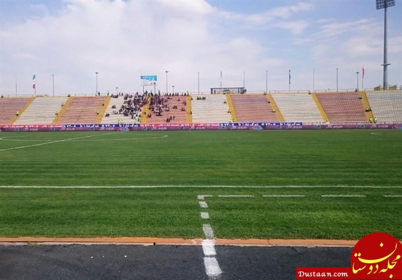 www.dustaan.com دستگیری دو هوادار دختر که با سبیل قصد ورود به ورزشگاه ثامن را داشتند!