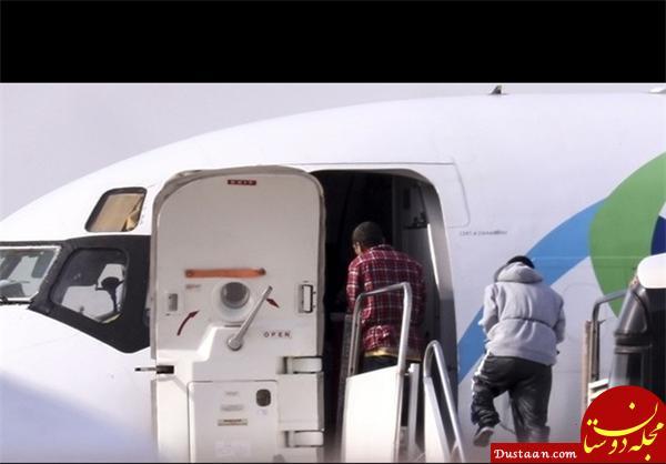 www.dustaan.com بیرون کردن مهاجران از آمریکا با غل و زنجیر! +عکس