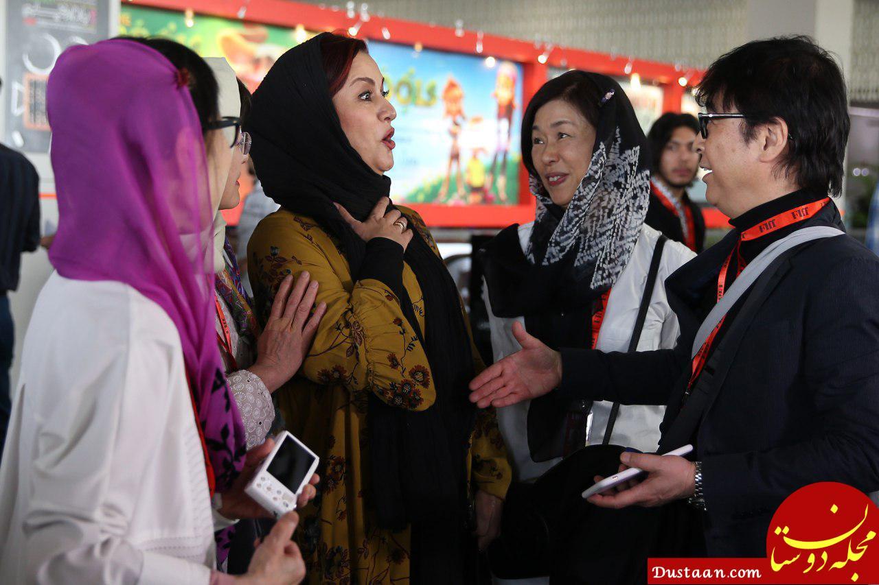 www.dustaan.com دست ندادن مریلا زارعی با مرد چینی سوژه شد!