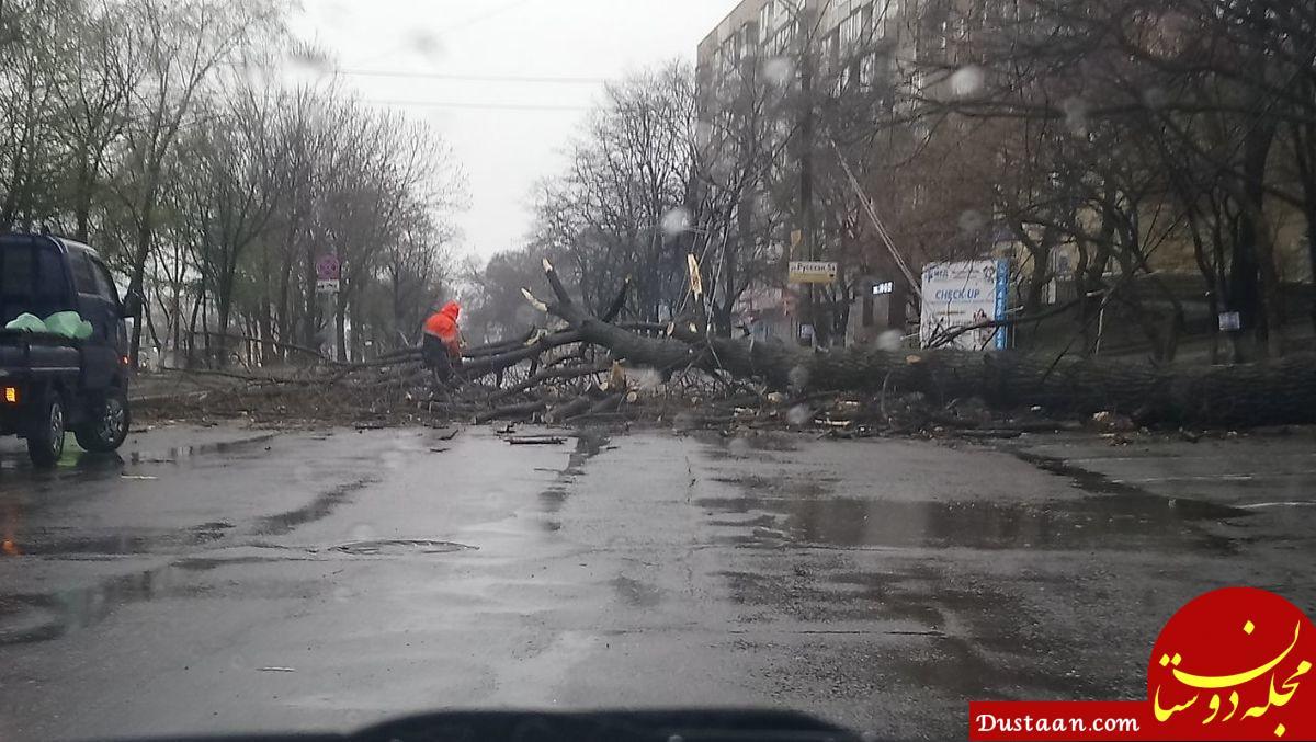 www.dustaan.com روسیه، گرفتار طوفان و سیل ویرانگر +تصاویر