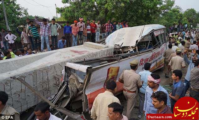 www.dustaan.com 18 کشته 50 زخمی در ریزش پلی در هند+ تصاویر