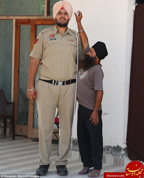 www.dustaan.com رونمایی از قدبلندترین افسر پلیس جهان در هند! +تصاویر