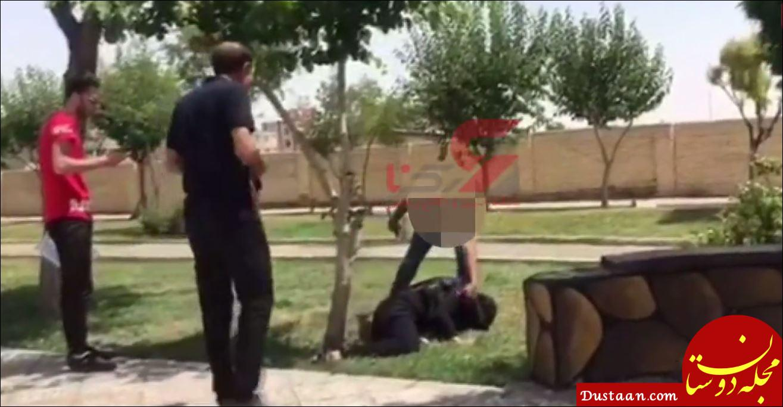www.dustaan.com لحظه قتل زن 4 شوهره در ملاء عام توسط شوهر پنجم / مردم خونسرد بودند +فیلم