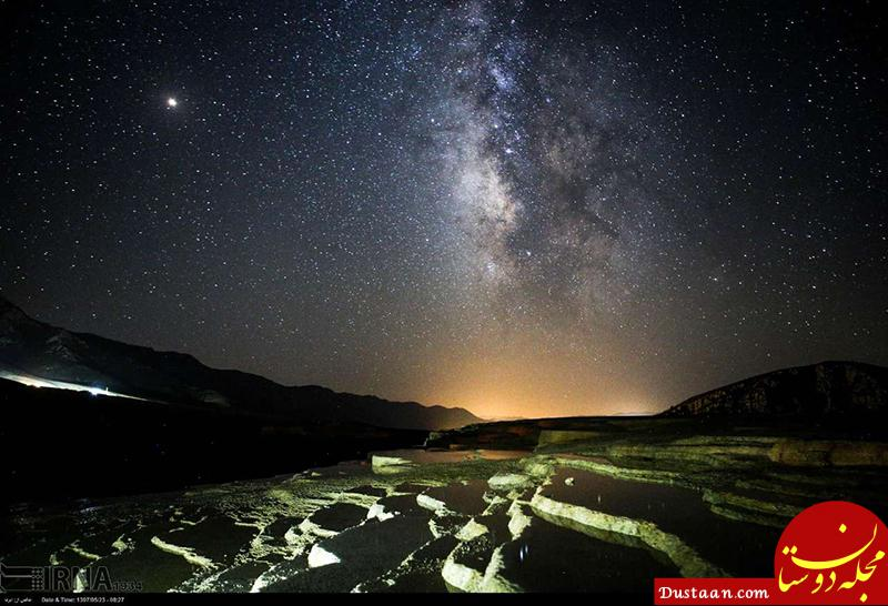 www.dustaan.com تصویری رویایی از آسمان شب در چشمههای باداب سورت