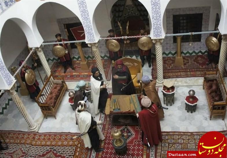 www.dustaan.com سنگ اندازی تکفیری ها مقابل فیلم شورجه +عکس