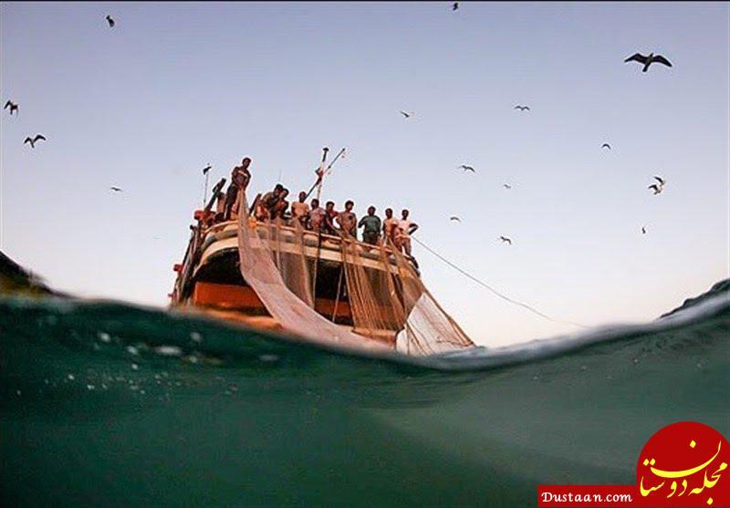 www.dustaan.com صیادان چینی برای دیده نشدن از عرشه فرار کردند/ دریا را جارو میذکنند