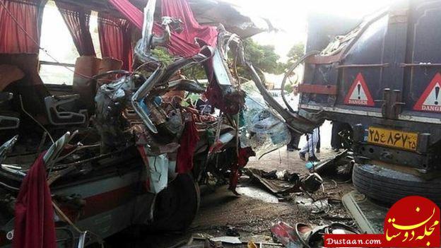 www.dustaan.com پیکر جان باختگان تصادف کاشان   نطنز قابل شناسایی نیست