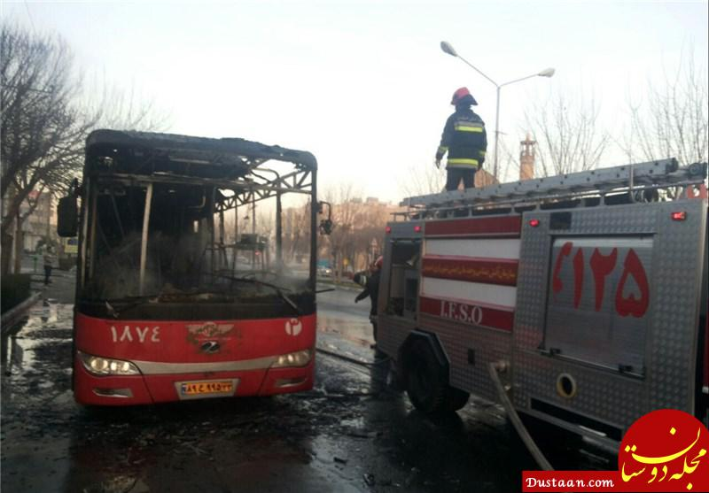 www.dustaan.com آتش سوزی یک اتوبوس در همدان در حین حرکت