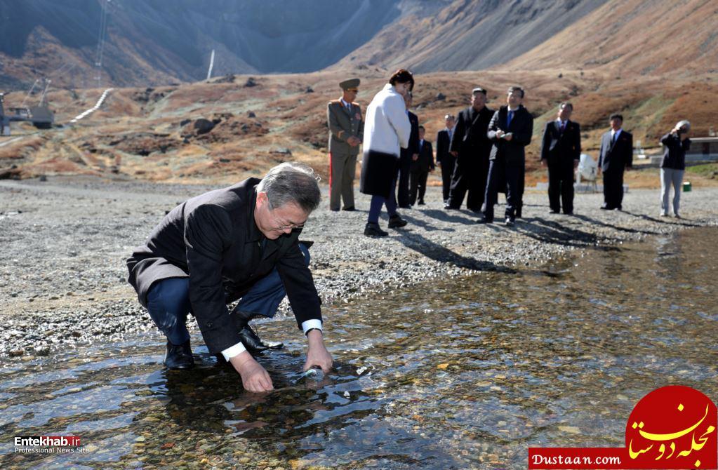 www.dustaan.com آقای رییس جمهور درحال پر کردن بطری آب! +عکس