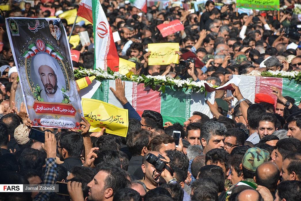 www.dustaan.com ماجرای کامنت های جنجالی دو روحانی درباره حادثه اهواز! +عکس